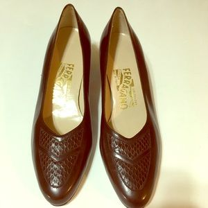 Authentic New Salvatore Ferragamo Brown Leather 7B